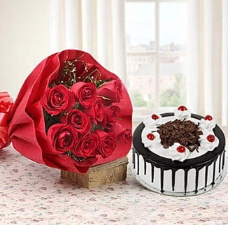 12 adet kırmızı gül 4 kişilik yaş pasta  Çorum hediye çiçek yolla