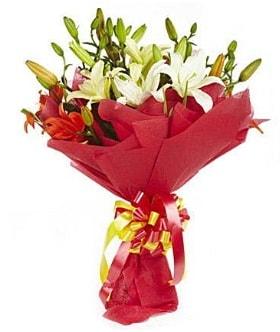 5 dal kazanlanka lilyum buketi  Çorum çiçek gönderme